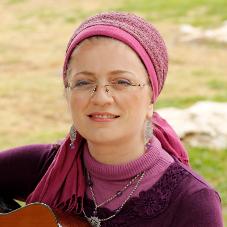 חנה יעל